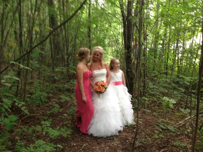 Jentene-i-skogen.jpg
